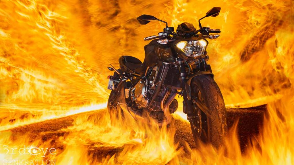 Motorrad in Flammen