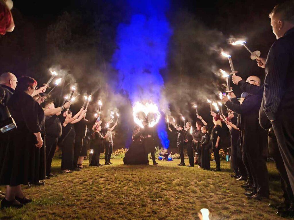 Feuereffekte ohne Pyrotechnik auf jeder Hochzeitsfeier in Sachsen
